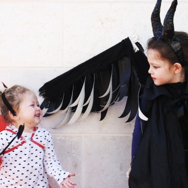 19 Halloween Memories You Only Have If You Grew Up With Siblings