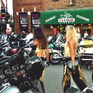 10 Wives Of Motorcycle Gang Members On Life As A Biker Bitch
