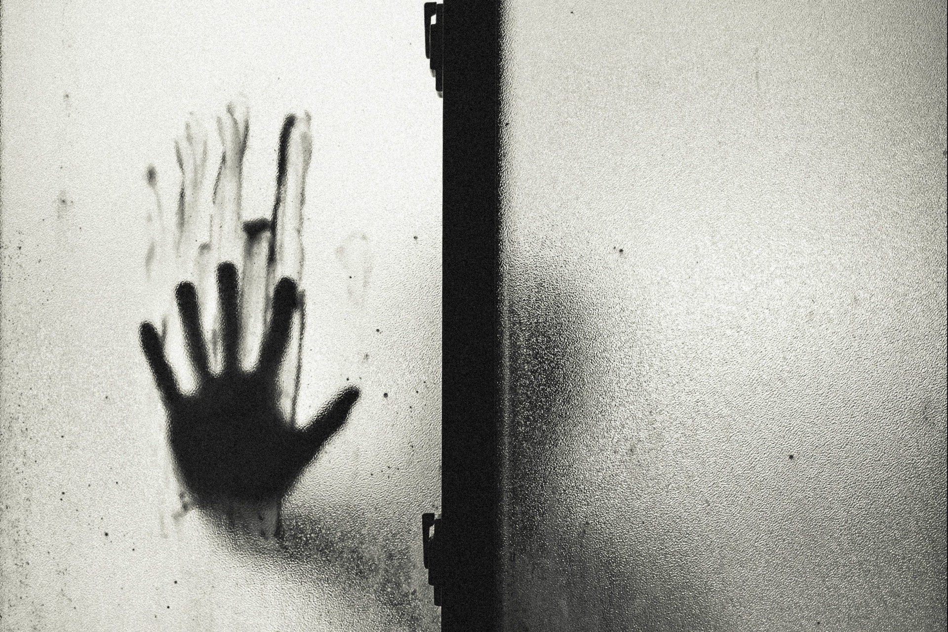 17 People Reveal Their Creepy Real Life Experiences With Murderers