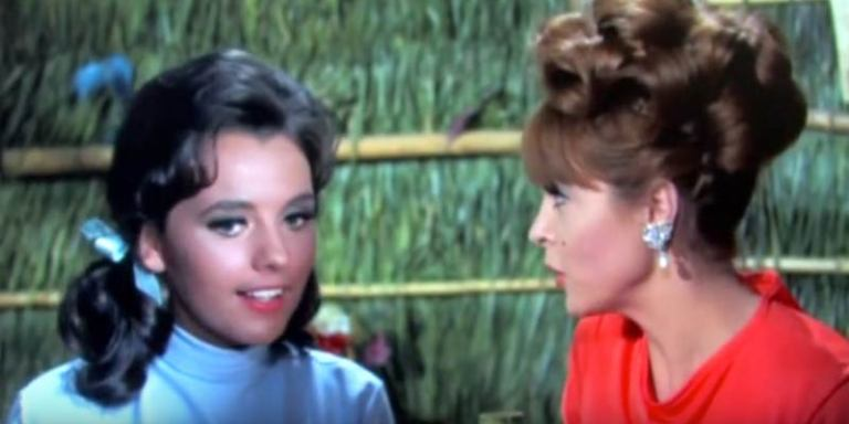 40 People Answer The Most Important Question In The World: Ginger Or MaryAnn?