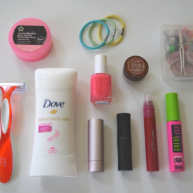 11 Essential Items You Need In Your Travel Bag