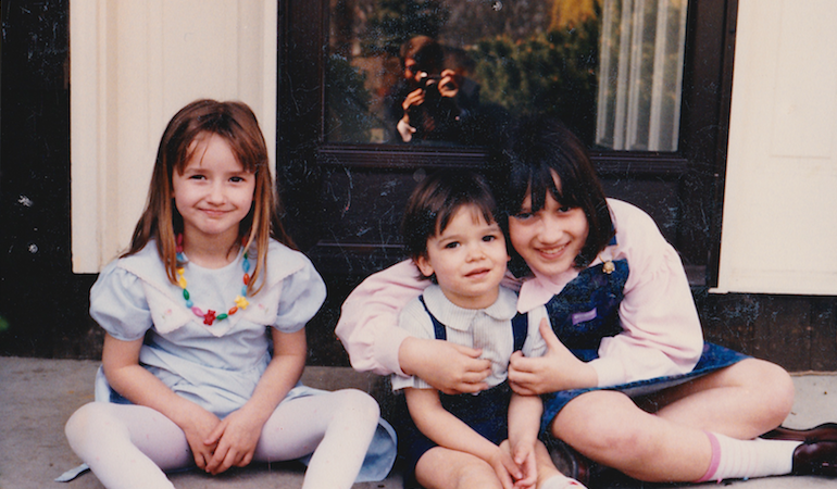 19 Things My Older Sister Taught Me Before She Died (Without Even Realizing It)