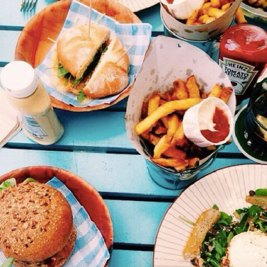 5 Things To Remember When You're Tempted To Binge Eat
