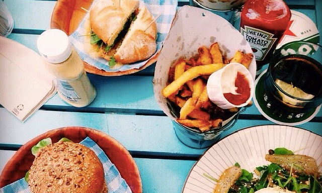 5 Things To Remember When You're Tempted To BingeEat