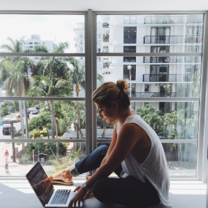 18 Things Only Online Shopping Addicts Understand
