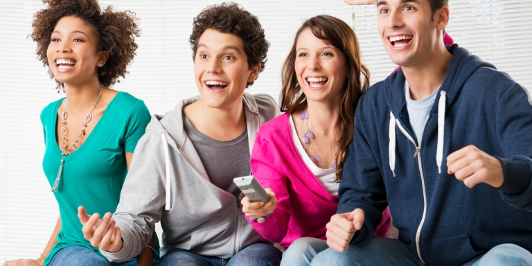 5 Ways Becoming A Football Fan Will Improve YourRelationship