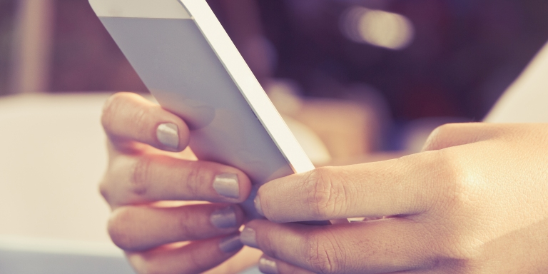 Quiz: Should You Text That Person You're Thinking OfTexting?
