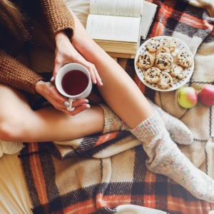15 Simple And Affordable Ways To Combat Your Impending Winter Blues