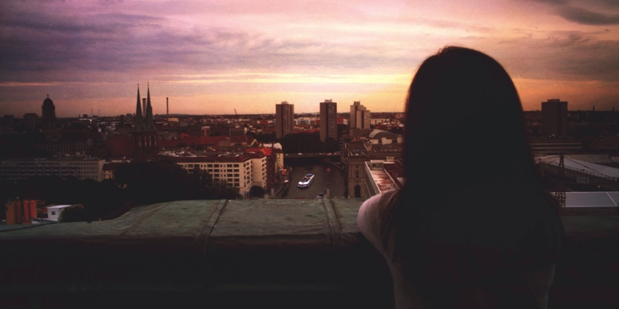 5 Ways To Make Your Long Distance Relationship Work With Little To No Frustration