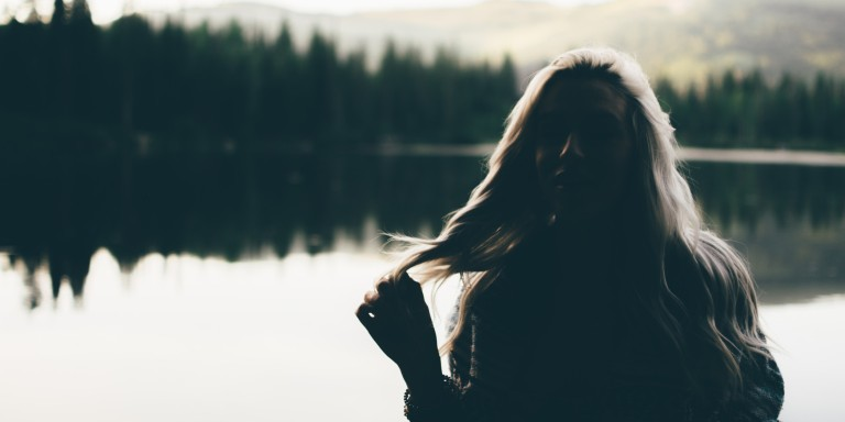 7 Things You Need To Know About The Girl Who's Always Single Before You Fall In Love WithHer