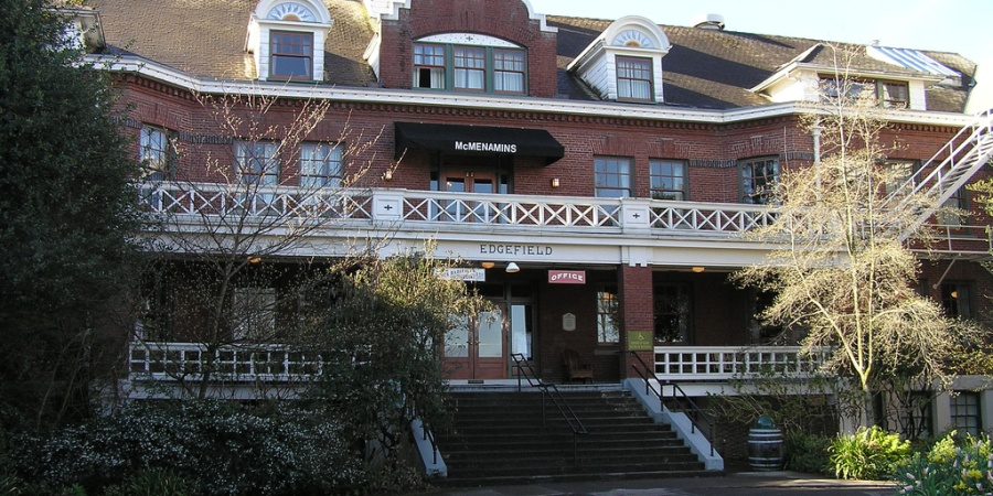 I Had A Series Of Bizarre Paranormal Experiences In The Most Haunted Room Of McMenamins Edgefield