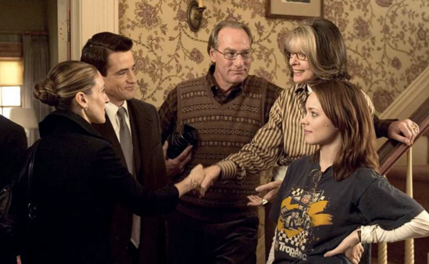 24 Things That Happen When You Visit Home For Christmas As A RealAdult