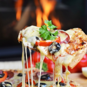 9 Reasons Your Relationship With Pizza Is The Only One You Need