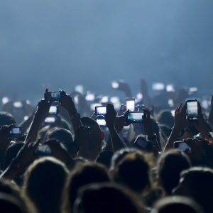 Stop Worrying About Social Media And Live In The Moment