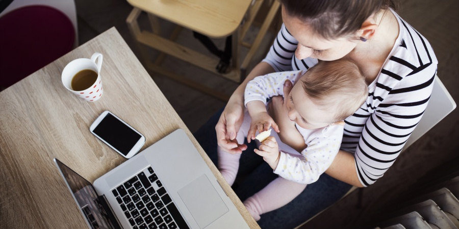 11 Daily Challenges Only Working Moms Can Really Appreciate