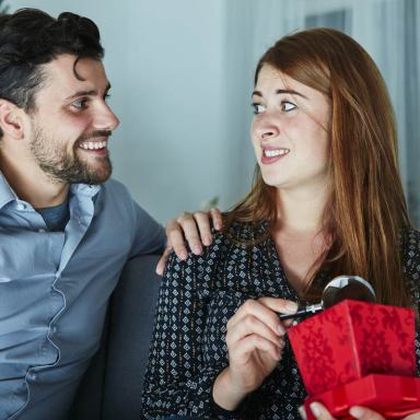 Uh…Thanks?: 100 People On The Absolute WORST Christmas Present They Ever Got