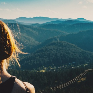 5 Legitimate Reasons Being Alone Is Better Than Withstanding A Love You Don't Deserve