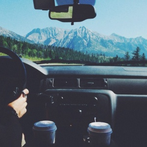 A Wide Array Of Complications You Only Experience When Traveling With Your Partner