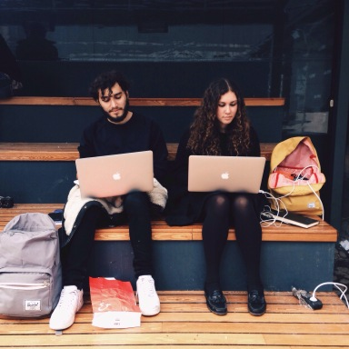 This Is Why The Struggling 20-Something Might Want To Try Freelancing