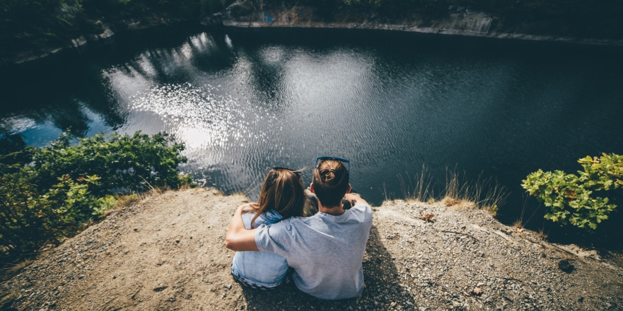 4 Ways To Maintain Your Partner's Happiness That Aren't All About Sex