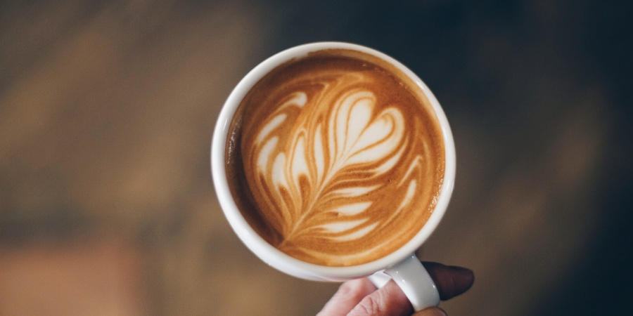 7 Reasons To Stop Being The Asshole Writing In A CoffeeShop