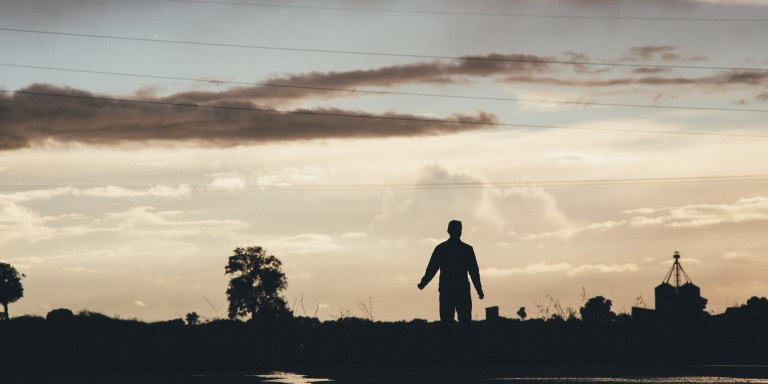 21 Ways To Stop Regretting The Past And Finally MoveOn