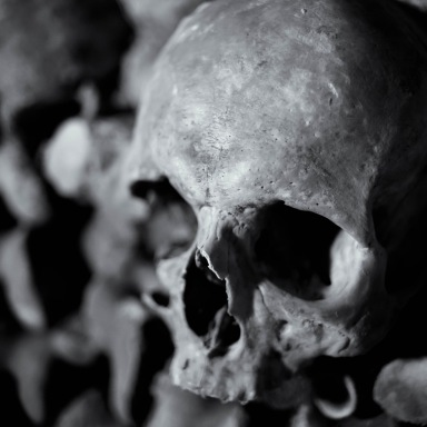 14 Depraved And Disturbing Cases Of Human Cannibalism (NSFL, You Have Been Warned)