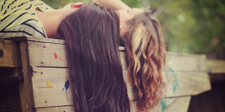4 Ways To Be A Good Friend When Someone You Love Is In A BadRelationship