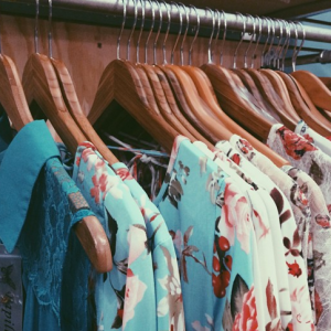 15 Signs You're A Woman Who Dresses For Herself And No One Else