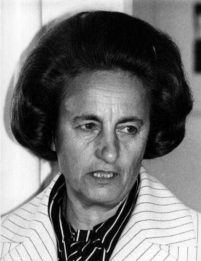 Waneta Ethel Hoyt