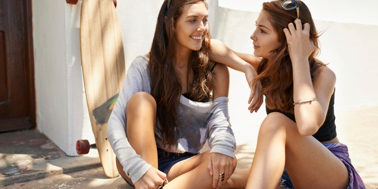 13 Wonderful Things That Happen When Your Sister Is Also Your BestFriend