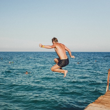7 Fears That Are 100% Holding You Back From Achieving Your Dreams