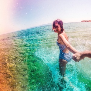 20 Things That Happen When You're A Girl Who Lives For The Beach