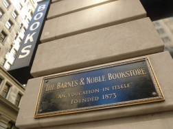 Barnes and Noble fifth ave