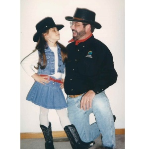 15 Defining Father-Daughter Moments That Every Daddy's Girl Can Relate To