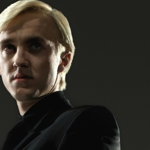 10 Reasons Draco Malfoy Would Make A Better Boyfriend Than Harry Potter
