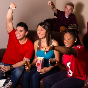 5 Types of People You Will Find At Every Super Bowl Party