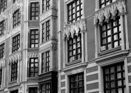 Red House windows bw