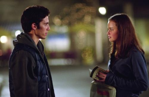 """Dean, Jess, or Logan?  A Poetic Verdict Of Who Rory Should Choose In The Revival Season Of """"GilmoreGirls"""""""