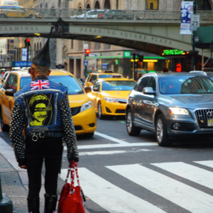 20 Ways To Avoid Looking Like A Lost Tourist In NYC