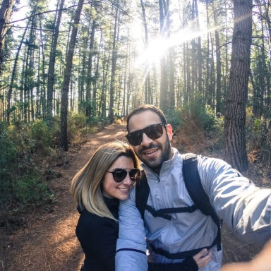Why You Should Wait 180 Days To Share Your Relationship On Social Media