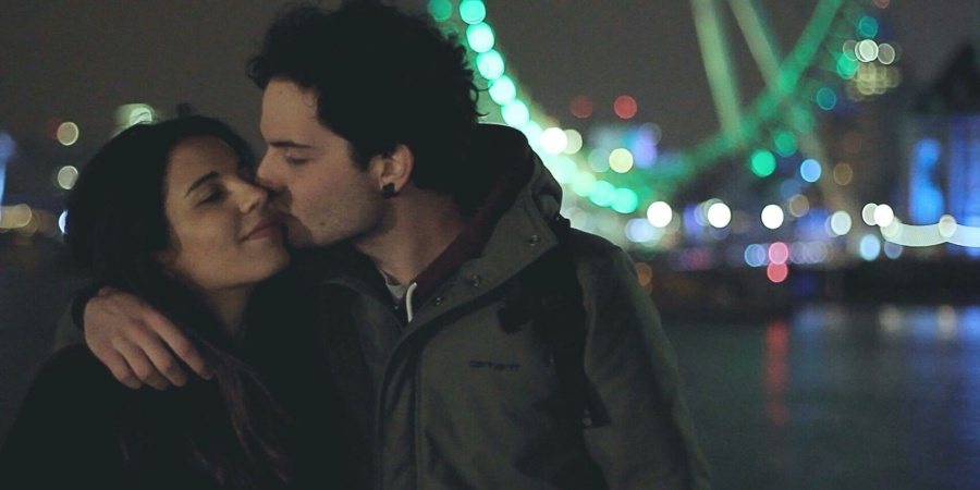 12 Clear Signs He's In Love That Women Tend To Be Oblivious To