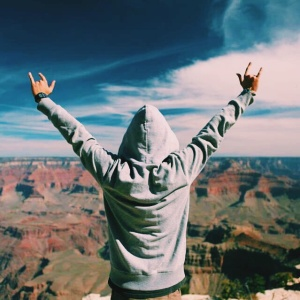 12 Ways To Embrace The Chaos In Your Life (Because You Have No Control Over It Anyway)