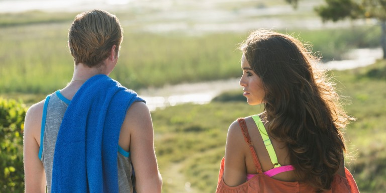11 Thoughts All Talkative Girls With Seriously Introverted Boyfriends Understand