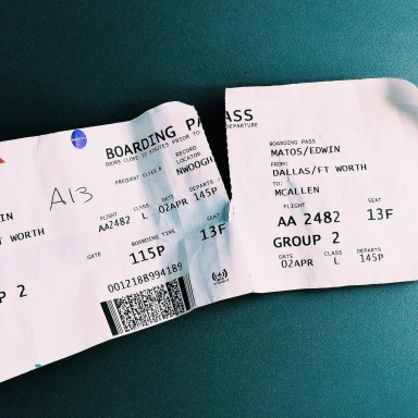 8 Perfect Travel Tips For That Annoyingly Long Plane Ride
