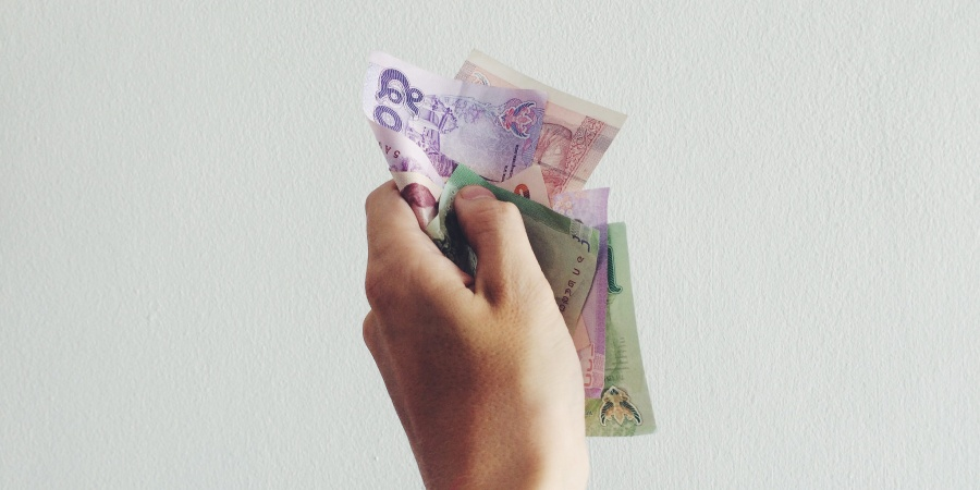 These Are The Ridiculous Money Mistakes 20-Somethings Are Guilty Of (And How To Avoid Them)