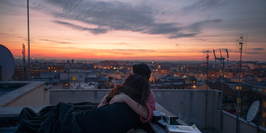 11 Ways To Show Someone You Love Them That Mean More Than Just Words