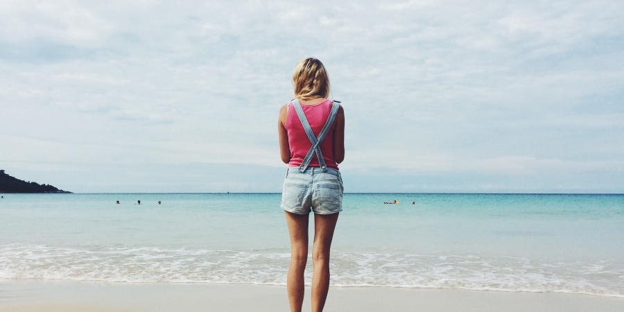 This Is How To Love A Girl With Wanderlust