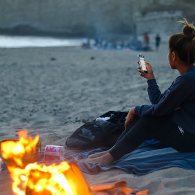 Here Are All The Bad Habits You've Unknowingly Formed Because Of Your Phone