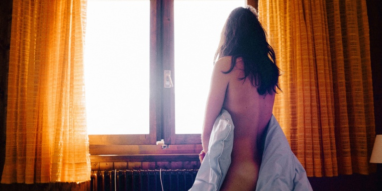 The Pros And Cons Of Choosing A Vibrator Over A Boyfriend (Hint: There Are MorePros)